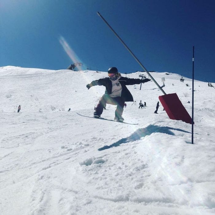 rachel lilley snowboarding in the alps